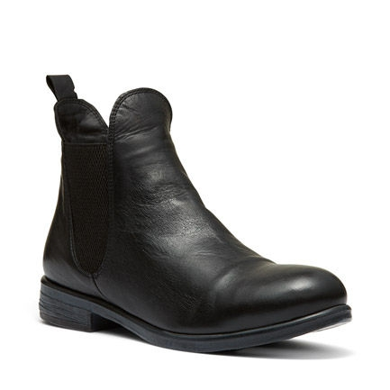 B-JORDAN ANKLE BOOTS IN BLACK