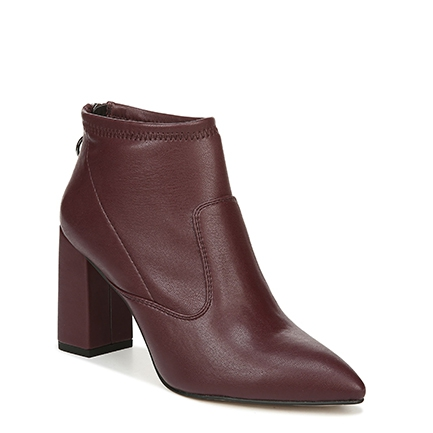 L-KORTNEY FRANCO SARTO IN WINE