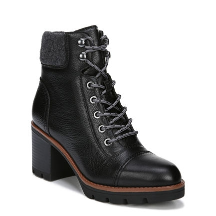 VARUNA ANKLE BOOTS IN BLACK