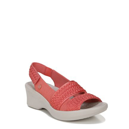 FIONA_ SPORT IN CORAL