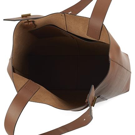 H-BROOKLYN BAGS IN SADDLE TAN