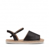 CELE FLATS IN BLACK