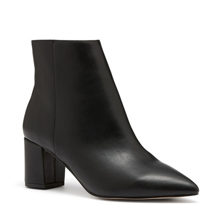 KENNIS BOOTS IN BLACK