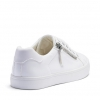 CHILLING SNEAKERS IN WHITE