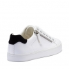 CHILLING SNEAKERS IN WHITE/BLACK