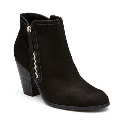 NESS  BOOTS IN BLACK