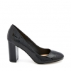IVO  COURT IN BLACK CROC