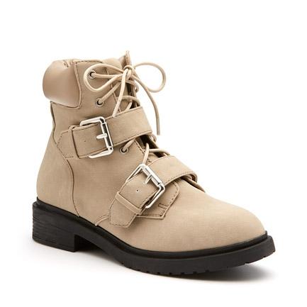 97a4c8c2da9 Boot Sale