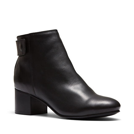 VANESSE  BOOTS IN
