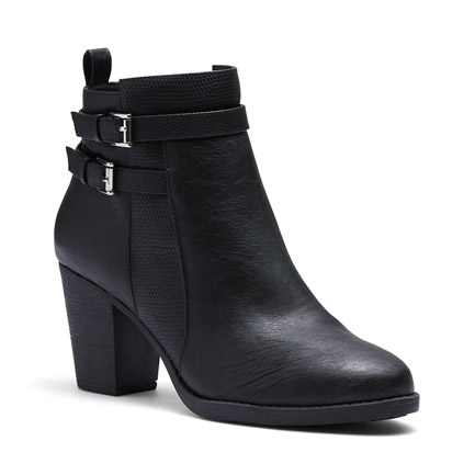 JAC  BOOTS IN