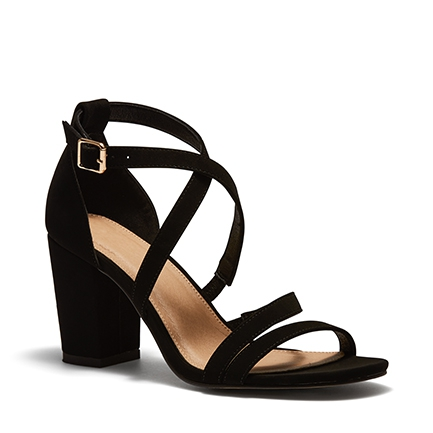 UCCI HEELS IN