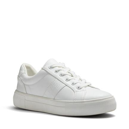 CARDIO FLATS IN WHITE