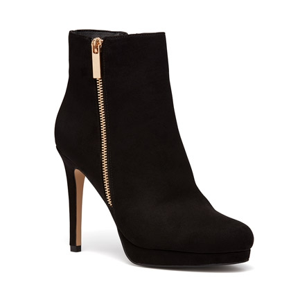 KILLER BOOTS IN