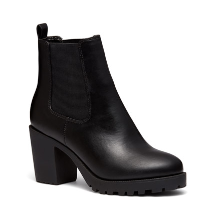 HELNA BOOTS IN