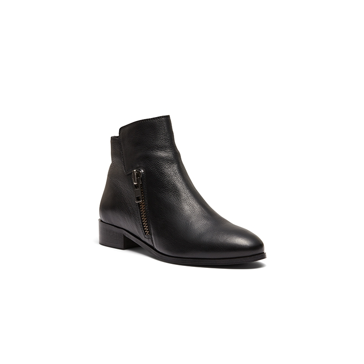 MARSHELL BOOTS IN BLACK