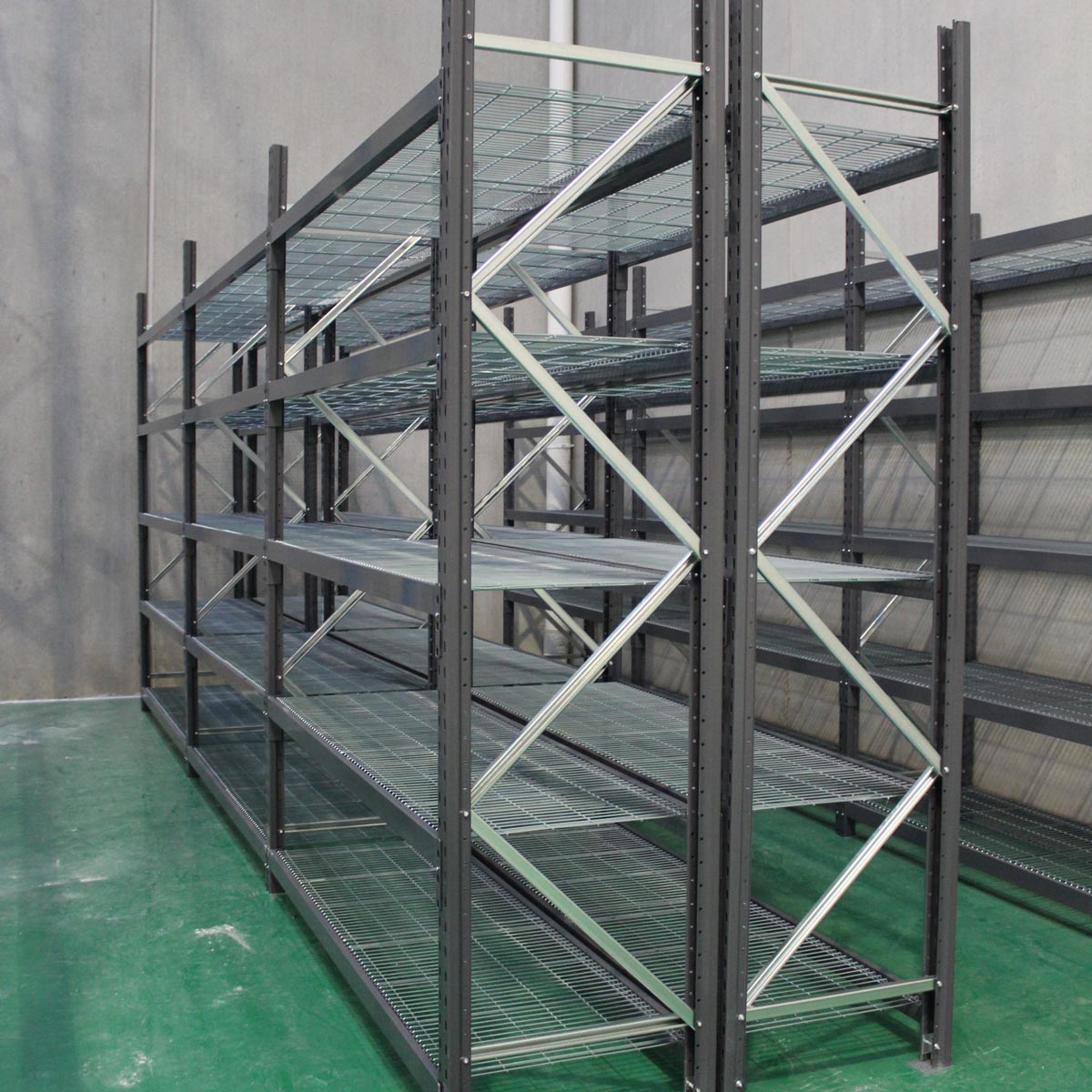Longspan Shelving Unit with Mesh Deck