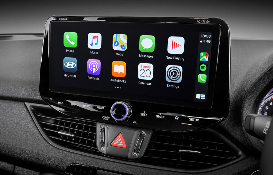 Multimedia touchscreen with Apple CarPlay<sup>TM[P1] </sup>& Android<sup>TM[P2]</sup> Auto.