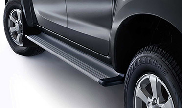d-max-alloy-flat-side-steps