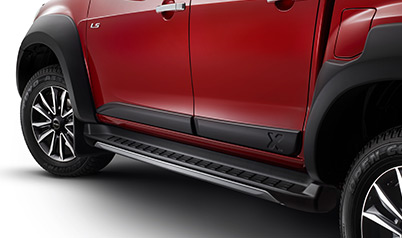 d-max-embossed-door-mouldings
