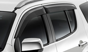 mu-x-front-rear-weathershields