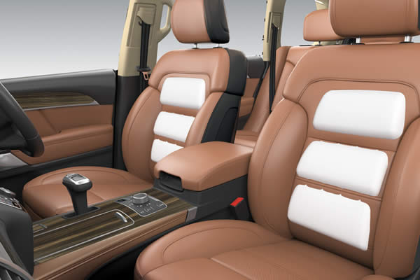 MASSAGING & VENTILATED SEATS