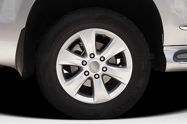 18″ ALLOY WHEELS