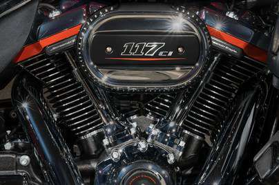 Milwaukee-Eight® Twin-Cooled 117 Engine