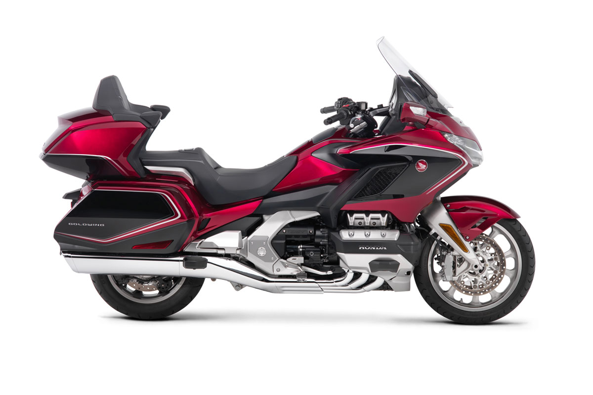 honda-2018-goldwing-tour-premium