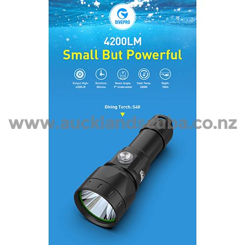 DivePro S40 4200 lm Super Compact Torch