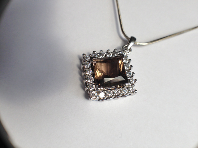 Genuine Natural Light Brown Citrine Squarish Cluster Pendant_image2