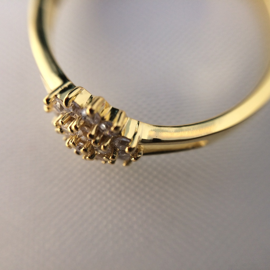 Yellow Gold Y Shaped Dhalia Inspired Ring_image3