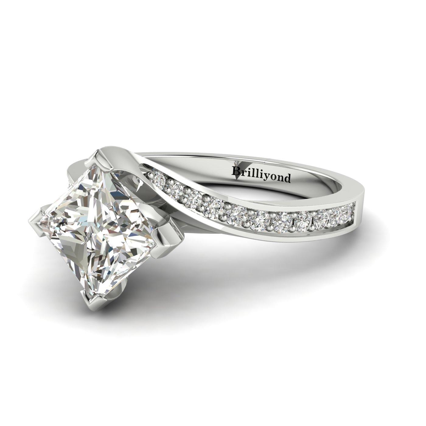 Diamond Platinum Cushion Cut Engagement Ring Luxy_image2