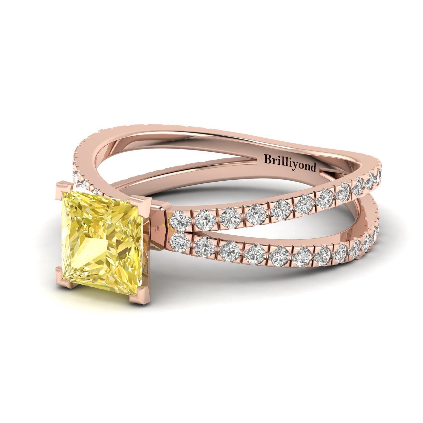 Princess Cut Engagement Ring Florentine