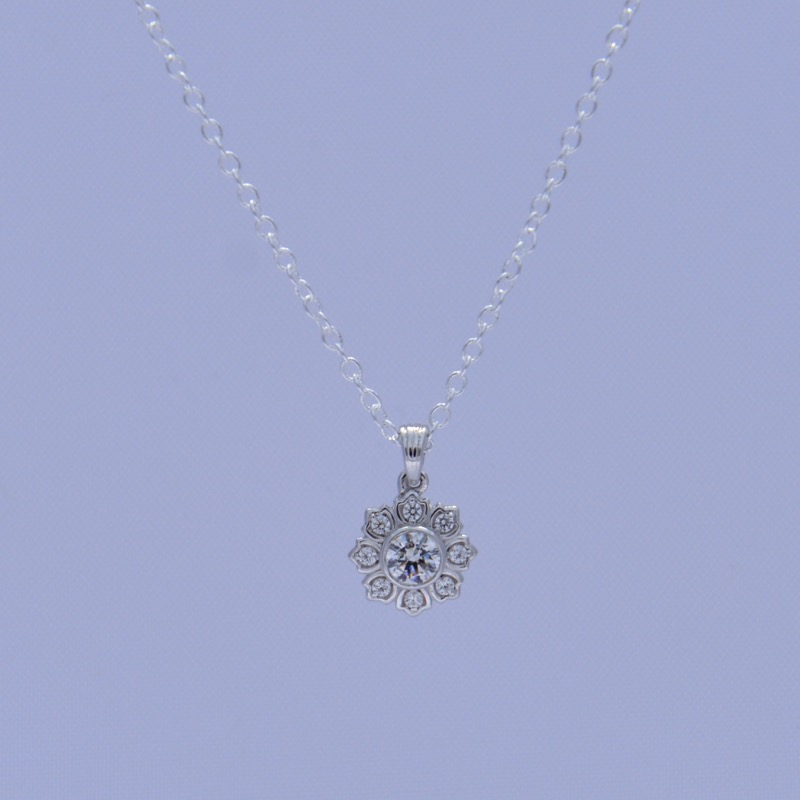 Swarovski Crystal Silver Necklace Pendant with Sunflower Design_image2