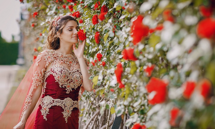 garnet gemstone colour fashion