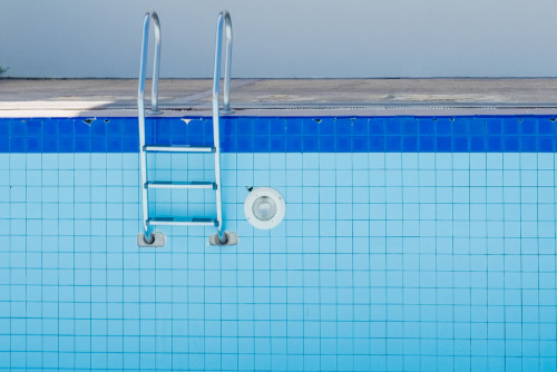 Draining Pool & Cleaning Surfaces article main image