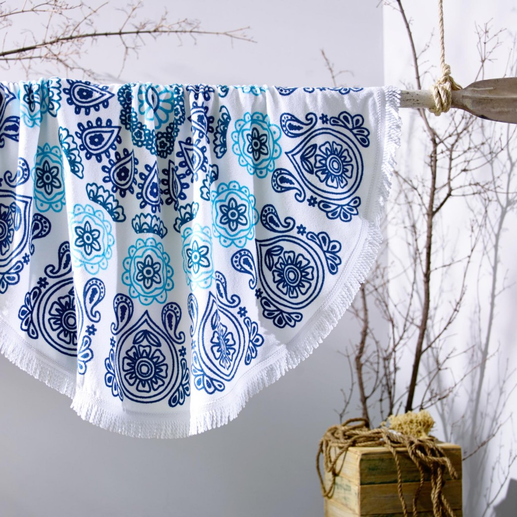 Round-Towel-Malibu.jpg