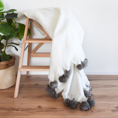 Anouk Throw Pom Pom Collective Sol