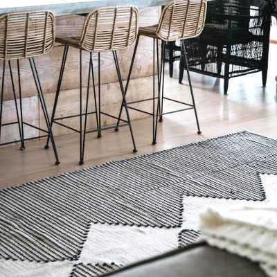 Evie Rug Black Extra Large Collective Sol