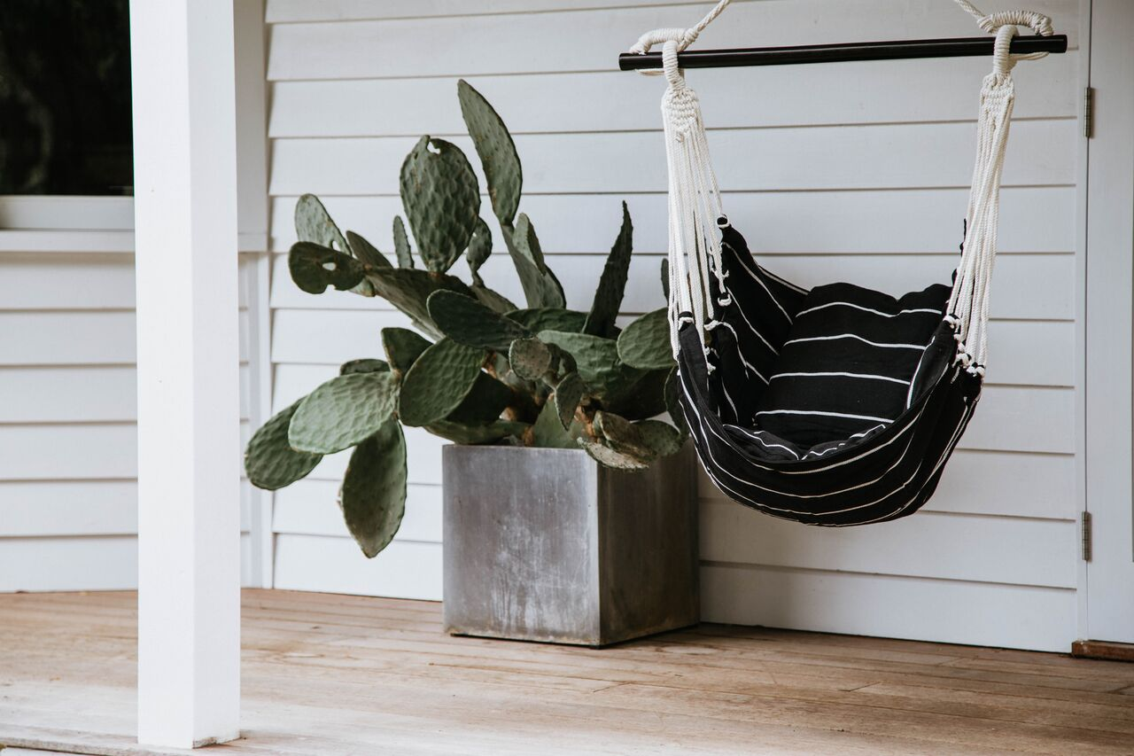 Noosa Black White Hammock Swing