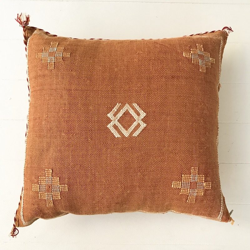 Cactus Silk Cushion Gold Collective Sol