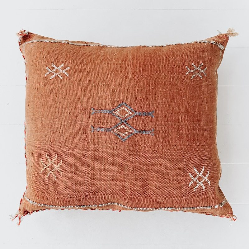 Cactus Silk Cushion Gold Collective Sol