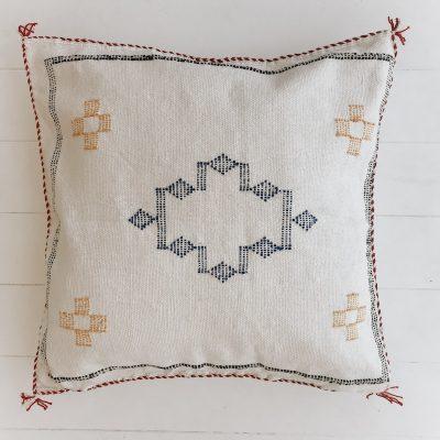 Cactus-Silk-Stone-Cushion-CHF46001-1
