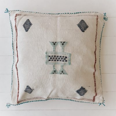 Cactus-Silk-Stone-Cushion-CHF46001-4