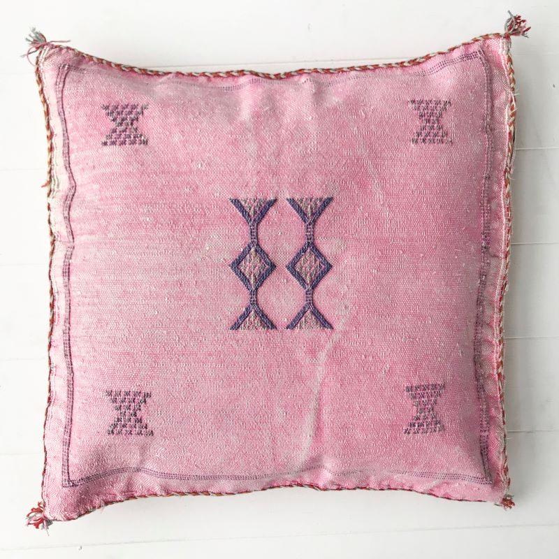 Collective-Sol-Cactus-Silk-Cushion-Cover-CHF48001-29-Blush