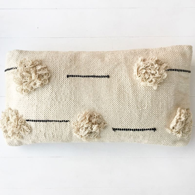 Collective-Sol-Willow-rectangle-cushion