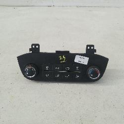 View Auto part Heater/Ac Controls Kia Sportage 2013