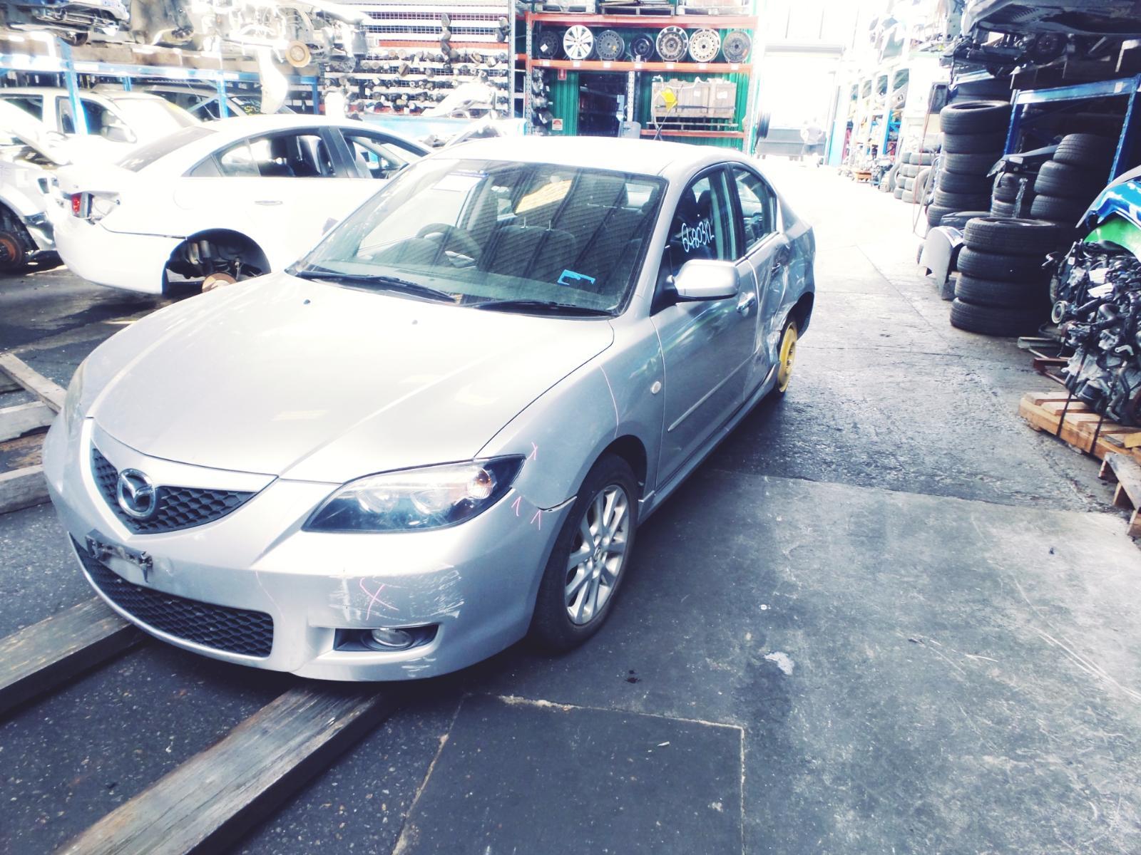 View Auto part Bonnet Hinge/Strut Mazda 3 2009