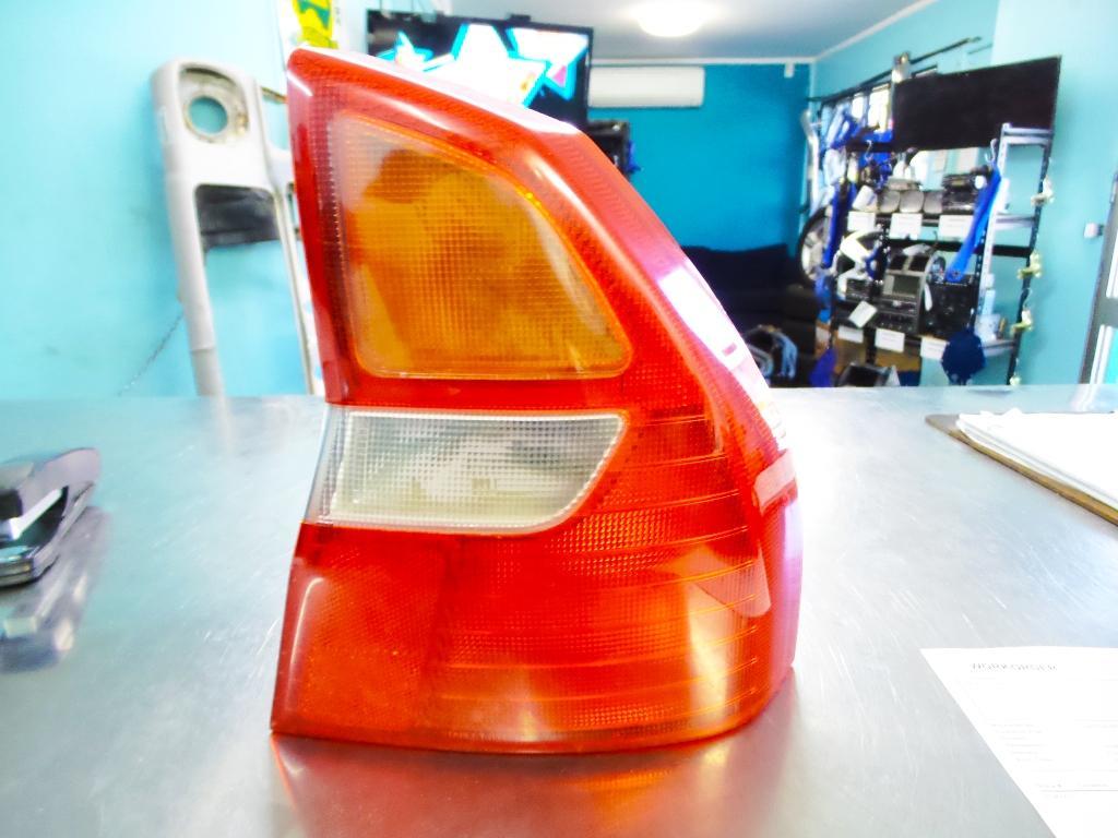 View Auto part Right Taillight Mitsubishi Magna 2000