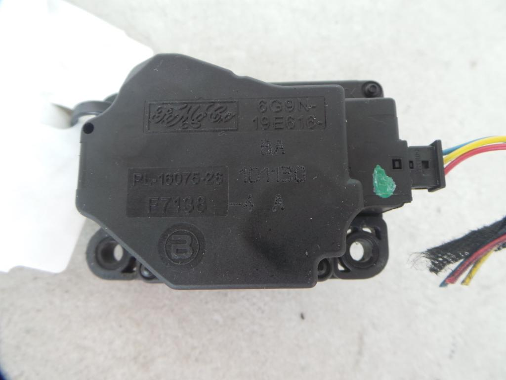 View Auto part Misc Switch/Relay Volvo S60 2011